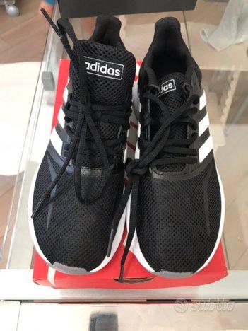 Scarpe Adidas 38 (Us 6 1/2) nuove mai usate