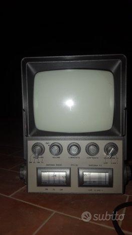 Televisore portatile anni 70