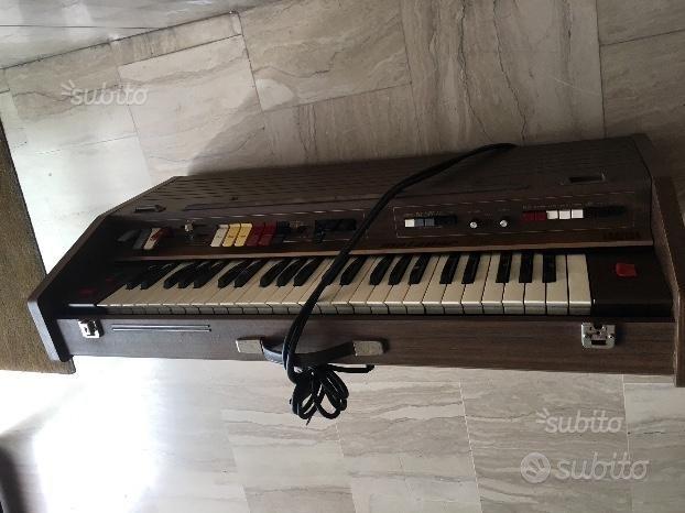 Organo vintage anni 70 farfisa lr