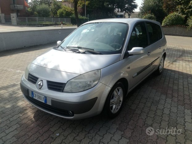RENAULT Grand Scenic 1.6 16V Luxe Dynamique