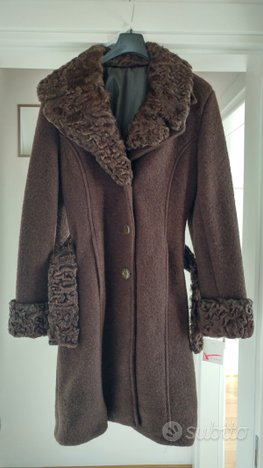 Cappotto marrone astrakan
