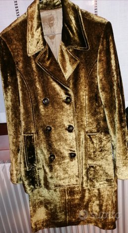 Completo giacca e gonna donna effetto lucido