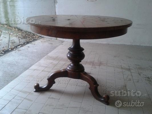 Tavolo antico tondo