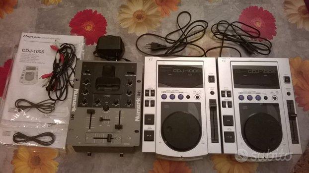 2x CDJ Pioneer 100
