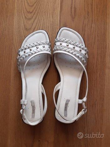 Sandali bianchi GEOX