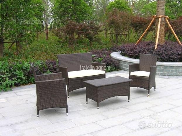 Set giardino in polyrattan sintetico tavolo sedie