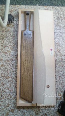 Oggetto in legno marcato ITOSCO