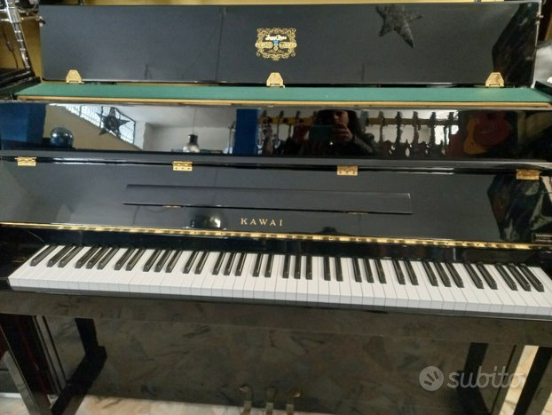 Pianoforte acustico kawai
