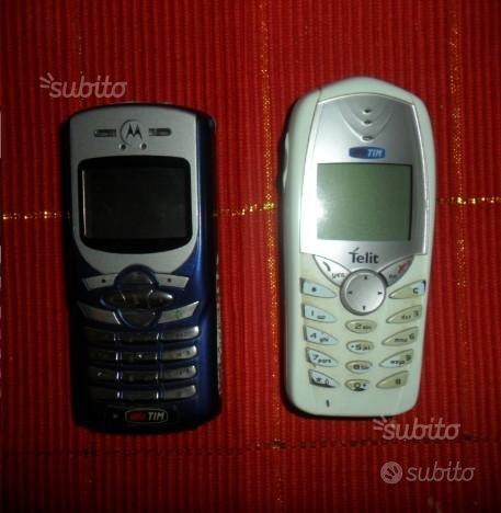 Telefonini : 1 Motorola + 1 Alcatel con caricatori