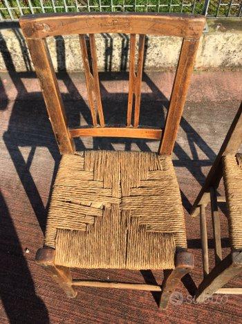 Due sedie in legno impagliate - Arredamento e Casalinghi ...