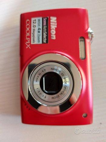 Macchina fotografica fotocamera Nikon coolpixs2500