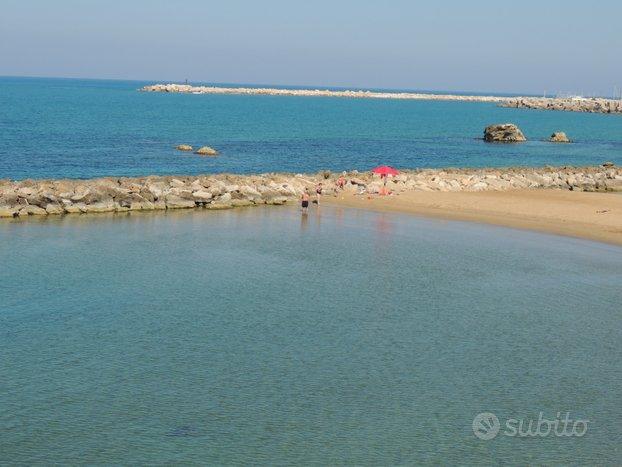 Scoglitti:centrale vista mare aperto 20mt dal mare
