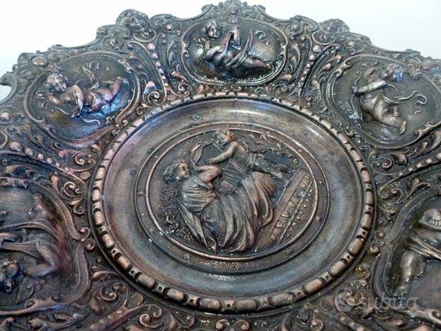 Centrotavola alzatina in bronzo - Arredamento e Casalinghi ...