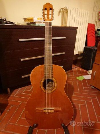 Chitarra classica privada p5