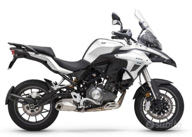 Benelli TRK 502 ABS EURO 4 bianco