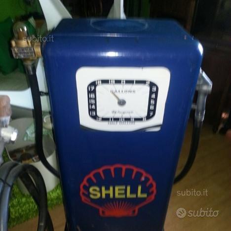 Pompa benzina anni 50 vintage