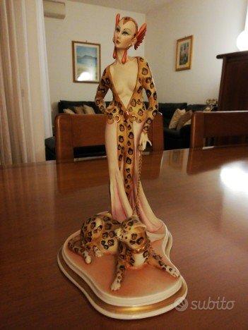 Statua capodimonte porcellana originale