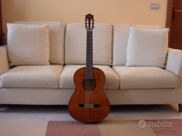 Chitarra classica Yamaha G230 anni 80