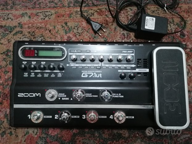 Guitar effects console g7