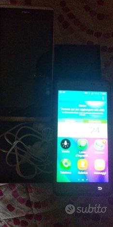 Cellulare Samsung A10 e smartphone duoduogo