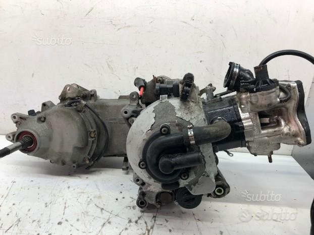 Blocco motore piaggio hexagon
