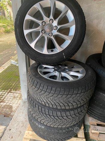 Cerchi in lega 16 Originali Audi +gomme invernali