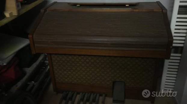 Organo Farfisa doppia tastiera