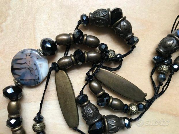 Collana lunga elementi neri e bronzo