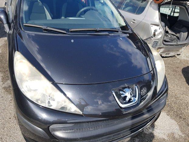 Peugeot 207 2008 5p - 39678 - ricambi usati