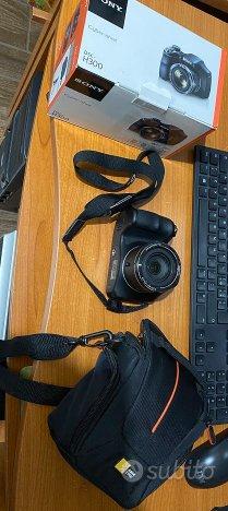 Macchina fotografica Sony DSC-H300 con accessori