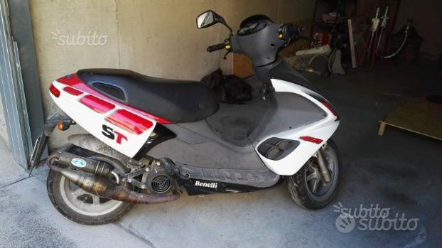 Scooter Benelli 491 st