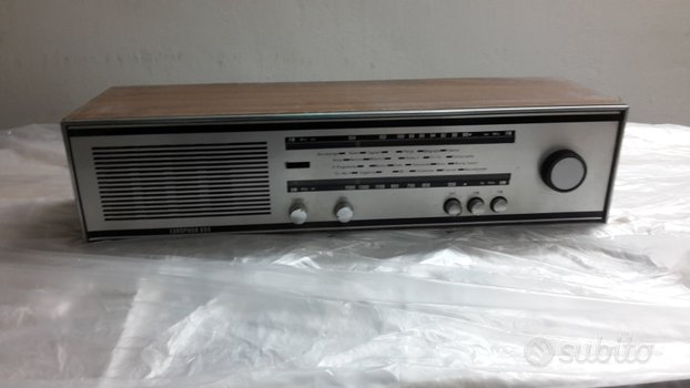 Vecchia radio anni 70 da incasso
