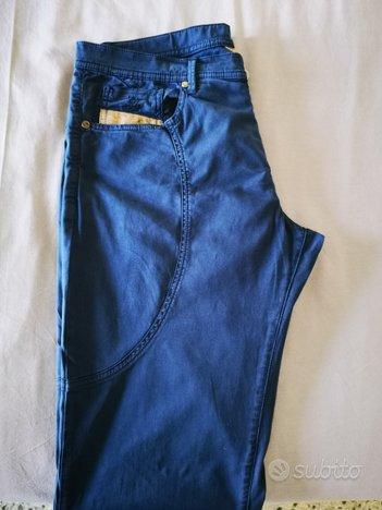 Pantaloni prima classe