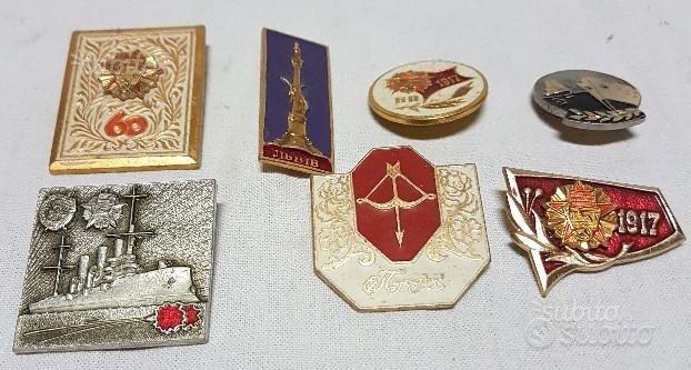 Spille distintivi militari