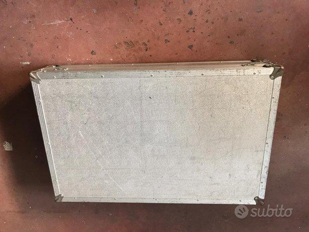 Flight case in alluminio cm 105x87x67