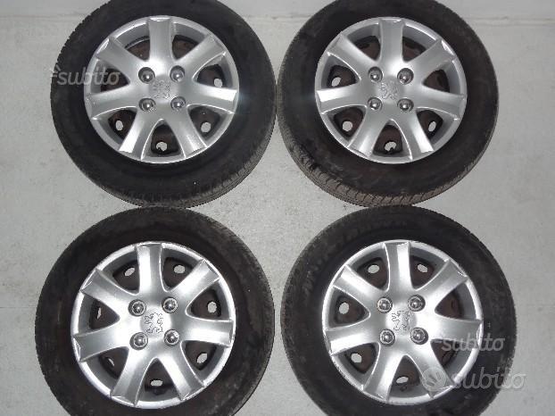 Cerchi in ferro raggio R14 Peugeot e gomme estive