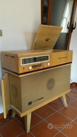 Mobile stereo vintage