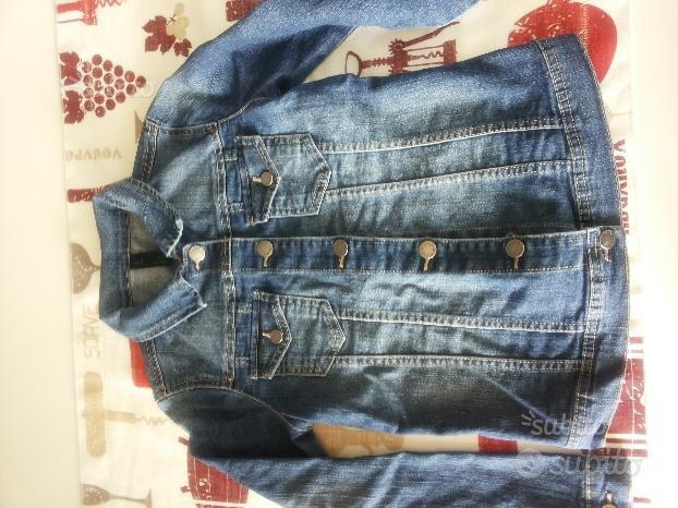 Giubbotti vari (jeans, cerata, piumino)