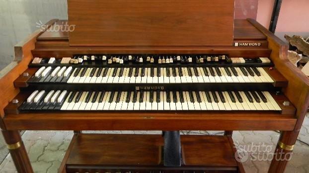 Hammond B3000