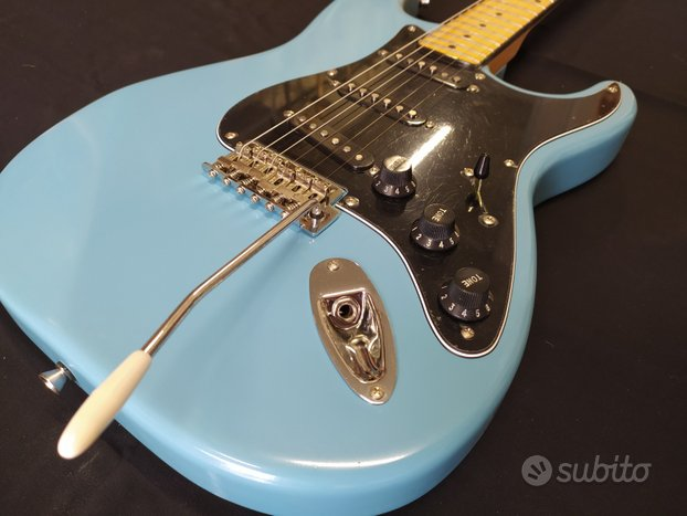 Chitarra artigianale Stratocaster Blu Strat