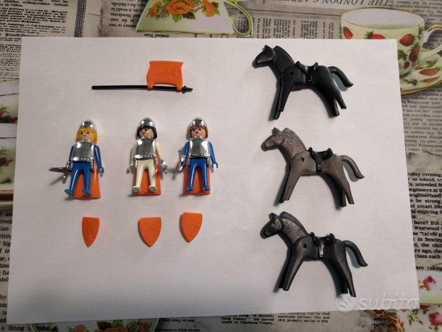 Playmobil cavalieri cromati