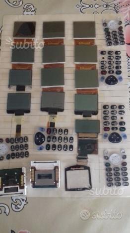 Nuovi display per vecchi telefoni