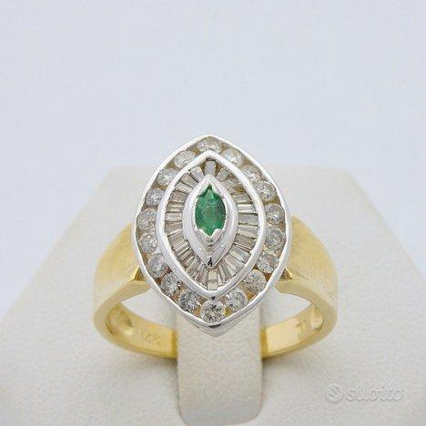 Anello shapes in oro 14 kt smeraldo e diamanti