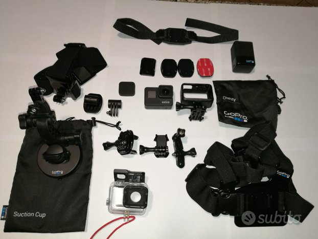 GoPro Hero 7 Black con accessori originali