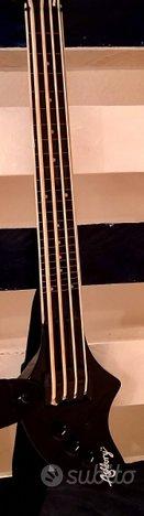 Ashbury Fender fretless bass