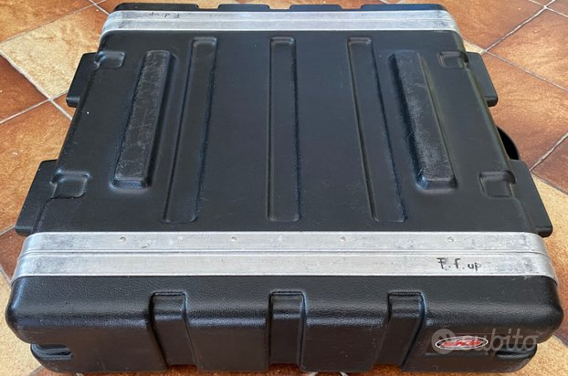 FlightCase SKB