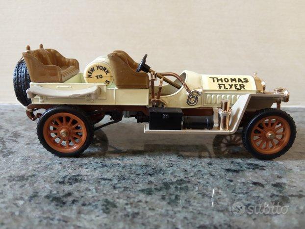 Auto modello Rio 47 Thomas Flyer 1908 scala 1/43
