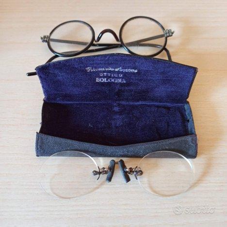 Occhiali vecchi vintage d'epoca da collezione