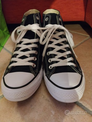 Converse All Star n. 42 (veste 43)