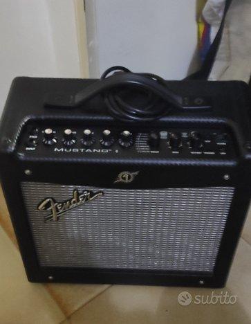 Amplificatore Fender Mustang v 1 Da RIPARARE